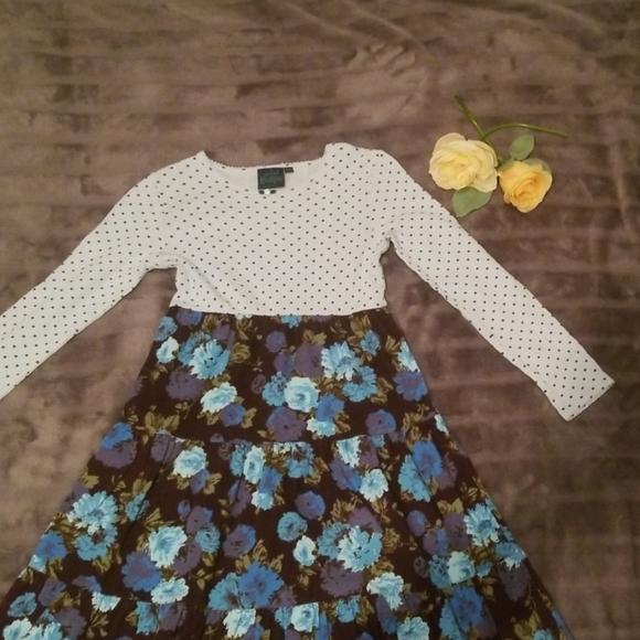 Brand new Size 9-10 years Mini Boden girls tankini TOP in flowers print design